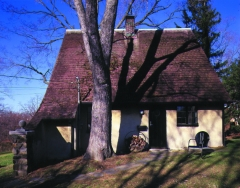 Croton Cottage View 2; Photo: Paul Warchol